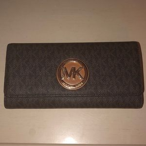 Michael Kors Signature Brown/Gold Wallet